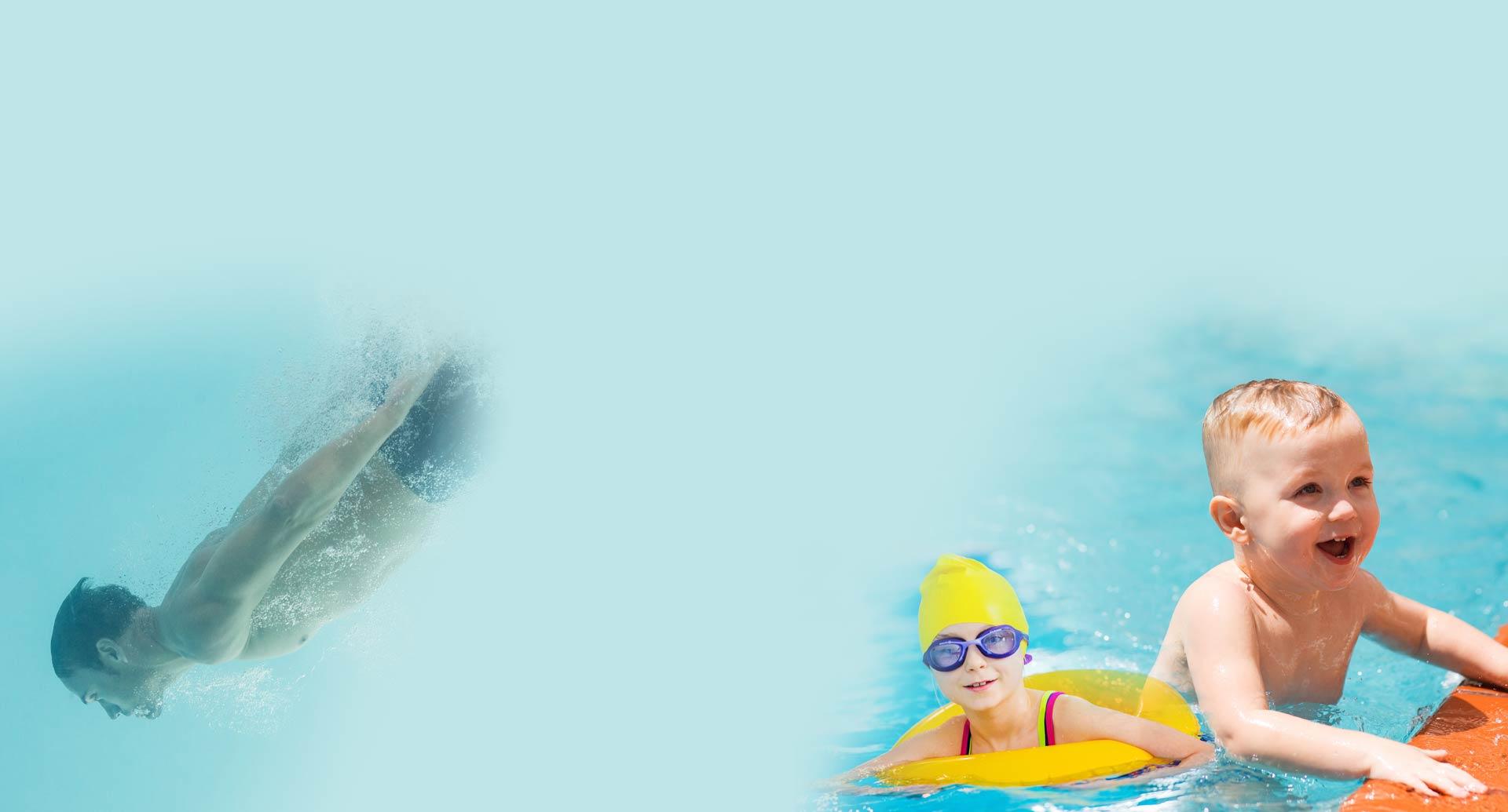 enfants qui nagent et sourient !
